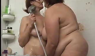 2 Mature Plumper Lesbians Play With Food - Lesbo hook-up movie