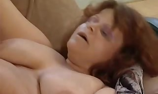 Jizz on chubby mature melons - Mature hook-up movie