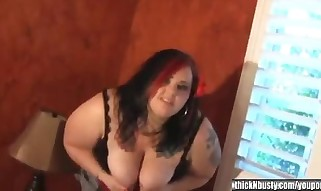 Big and Buxom Bella 1