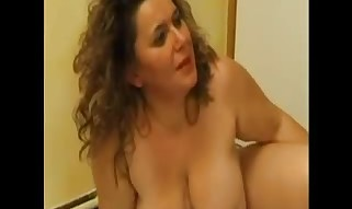 FRENCH MATURE ass fucking plumper mom with junior boy