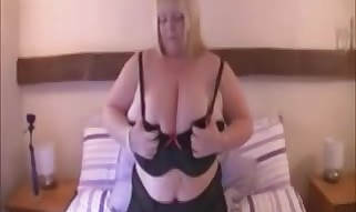 Plumper with large hooters jerking