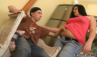 He frigging then banging her massive snatch